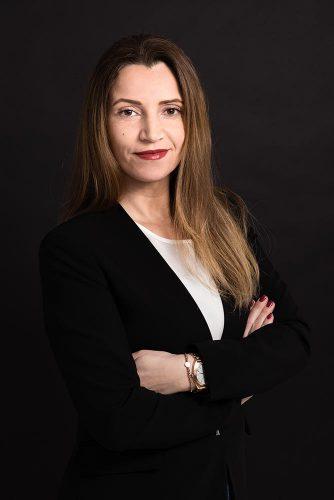 Praxismanagerin - Frau Bayrak